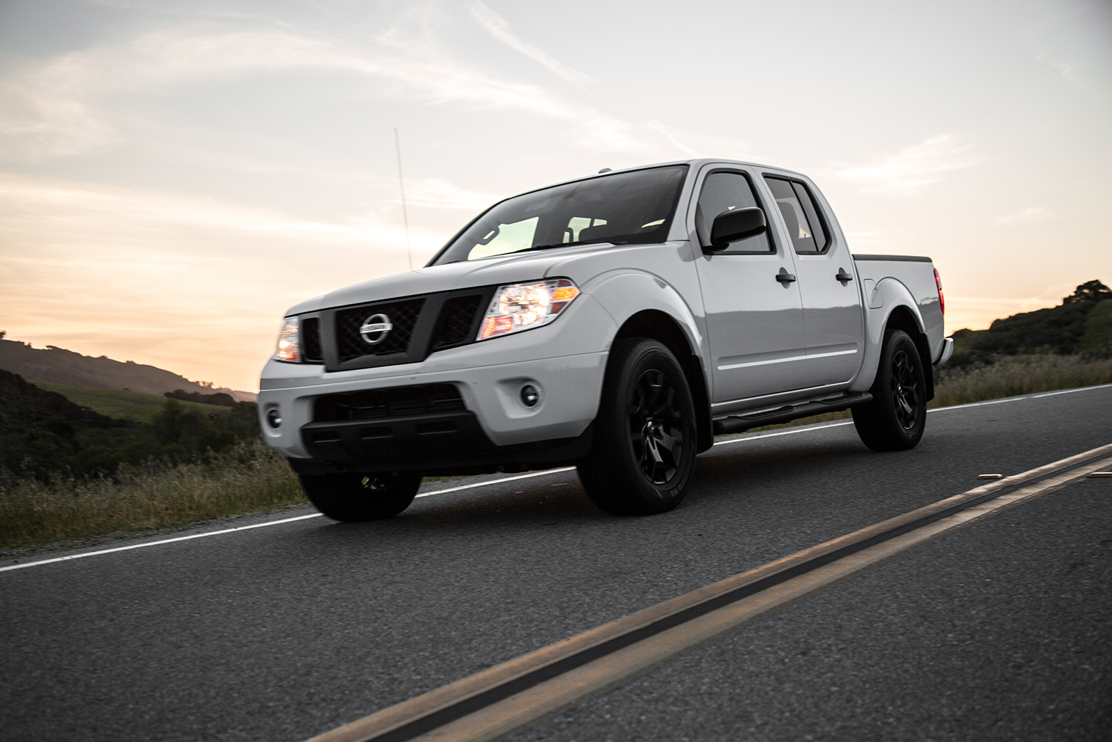 2019 Nissan Frontier Priced at $19,985 » AutoGuide.com News