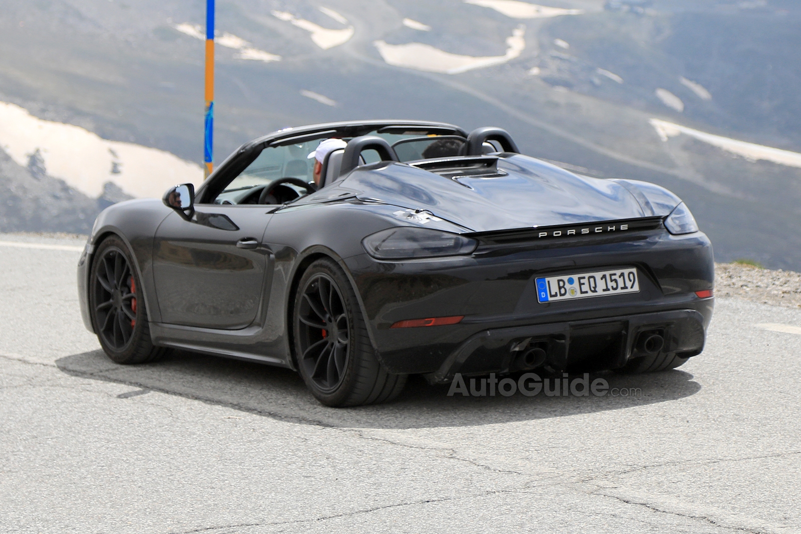 2019 porsche 718 boxster spyder spied with its top down. Black Bedroom Furniture Sets. Home Design Ideas
