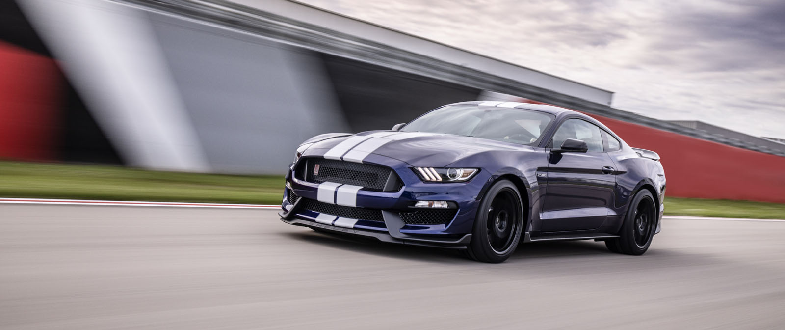 2019 Shelby GT350 Drops, Gifts You With Faster Lap Times ...