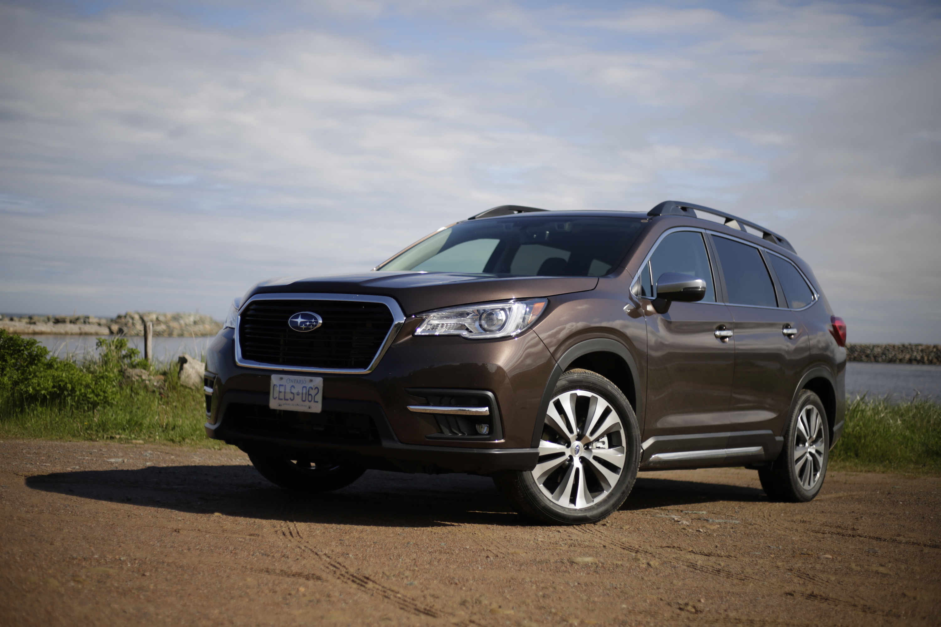 2019 subaru ascent review autoguide com