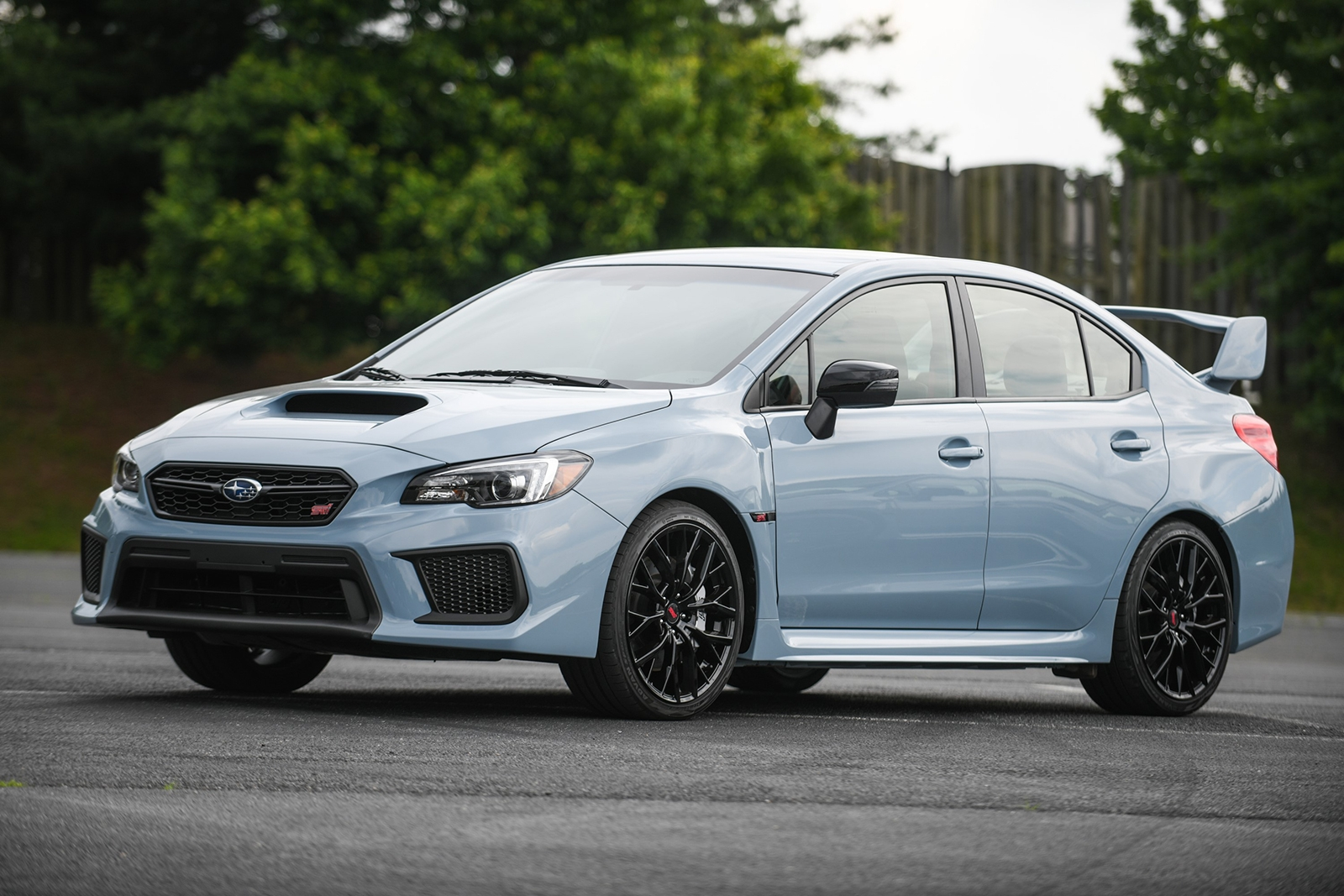 subaru-wrx-and-wrx-sti-series-gray-04