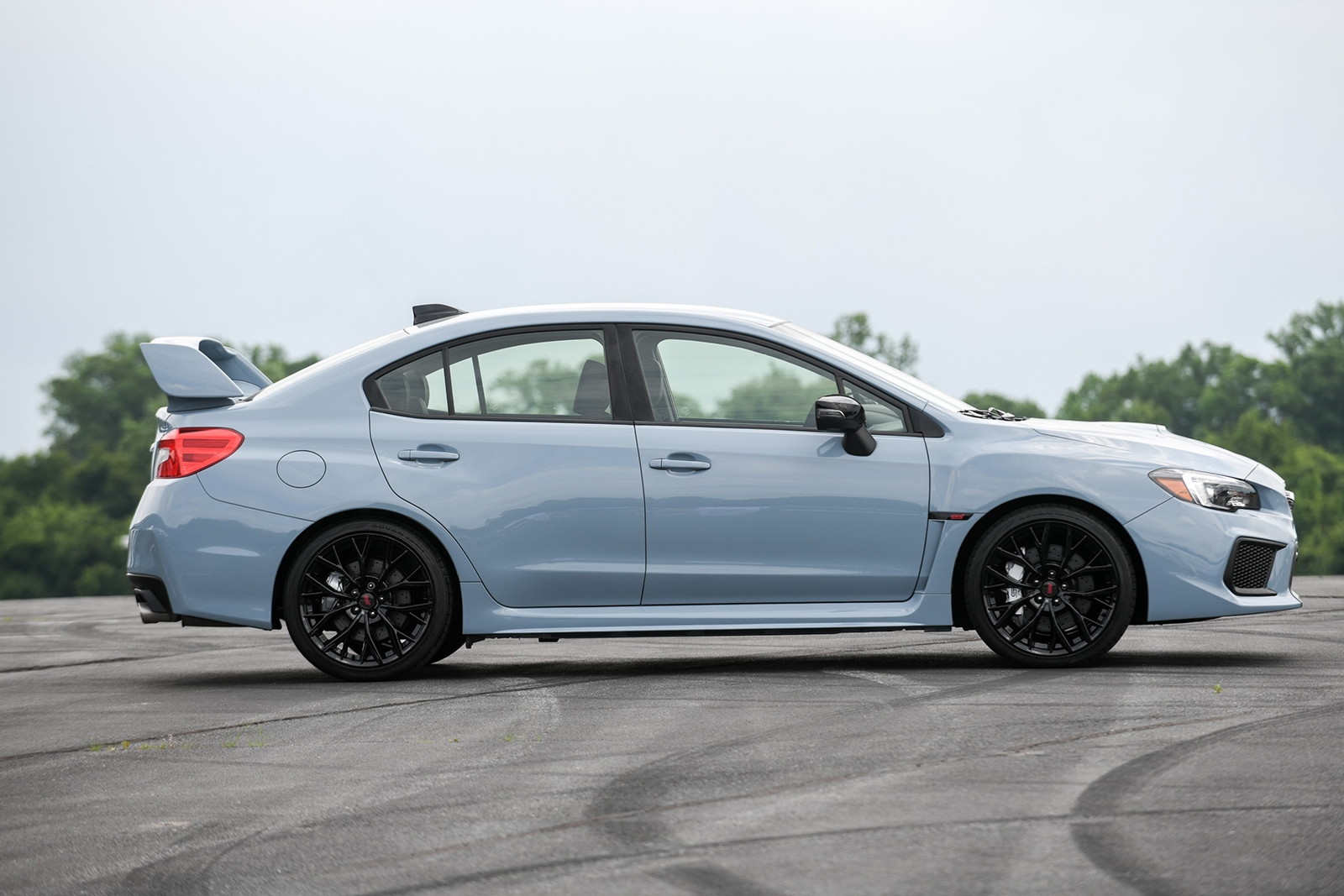 subaru-wrx-and-wrx-sti-series-gray-05
