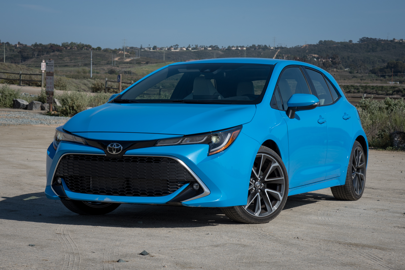 9 things to know about the 2019 toyota corolla hatchback. Black Bedroom Furniture Sets. Home Design Ideas