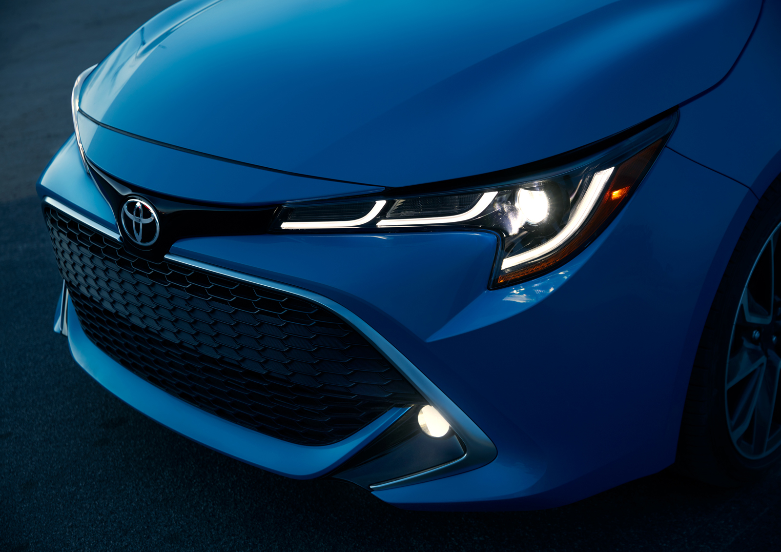 2019 Toyota Corolla Price To Start At 20 910 For Six Speed Manual