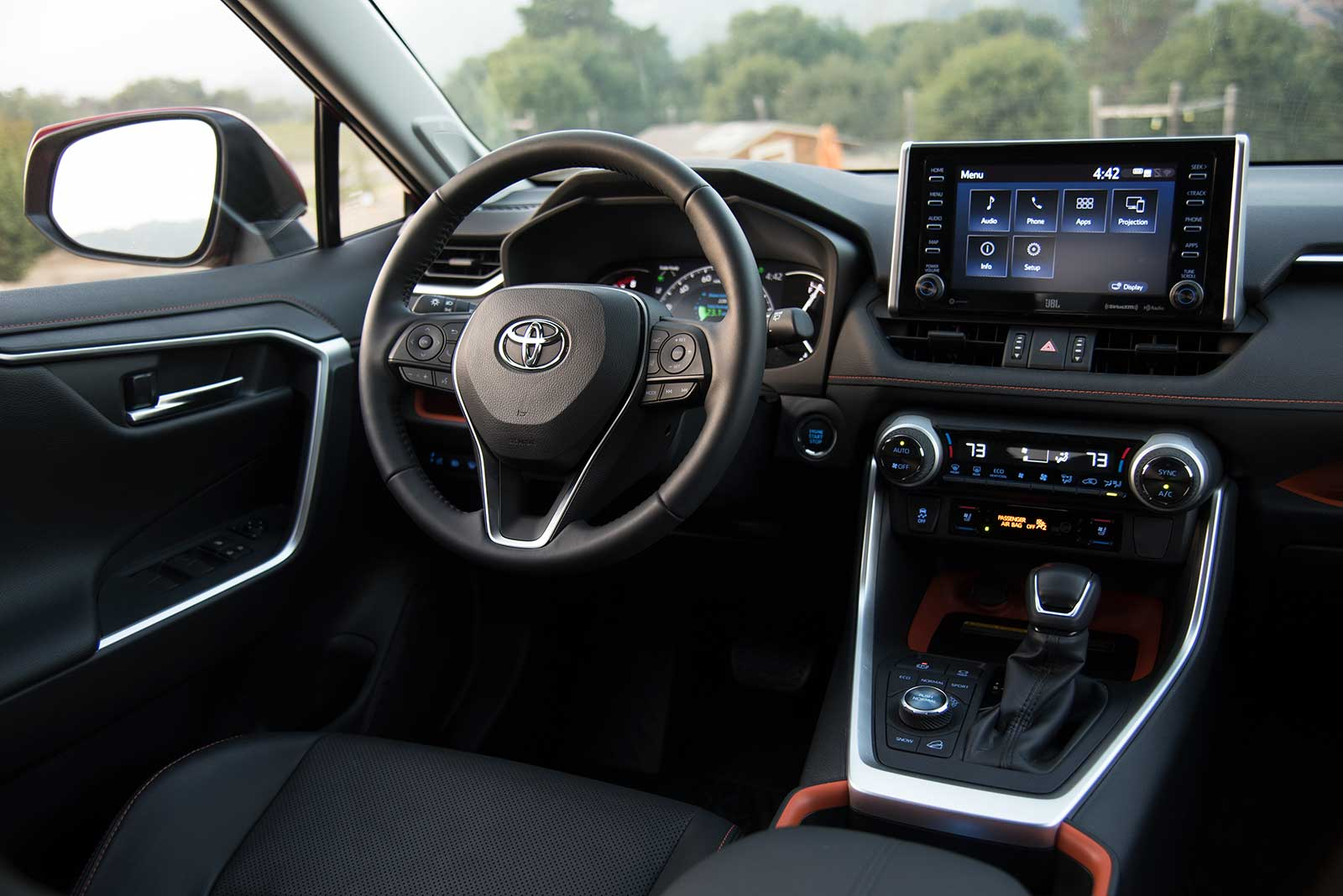 2019 Toyota Rav4 Review And Video Autoguide Com