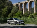 2019-Volvo-V60-First-Drive-Review-12