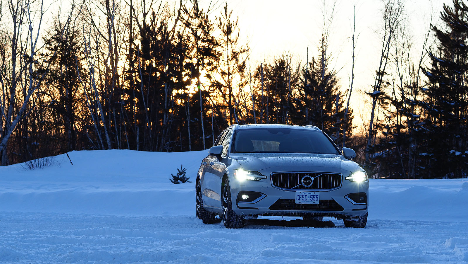 2019 volvo v60 review are volvos good in the snow. Black Bedroom Furniture Sets. Home Design Ideas