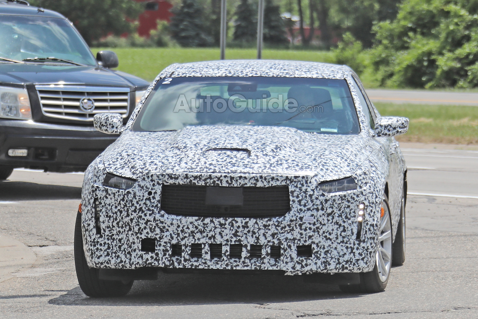 Cadillac-CT5-Spied-2