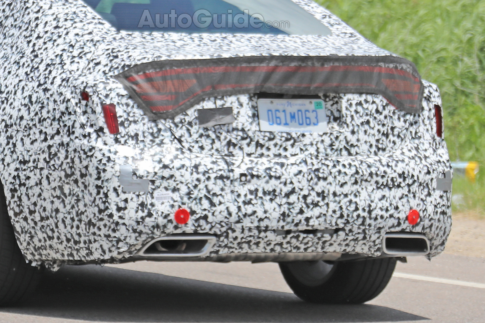 Cadillac-CT5-Spied-23