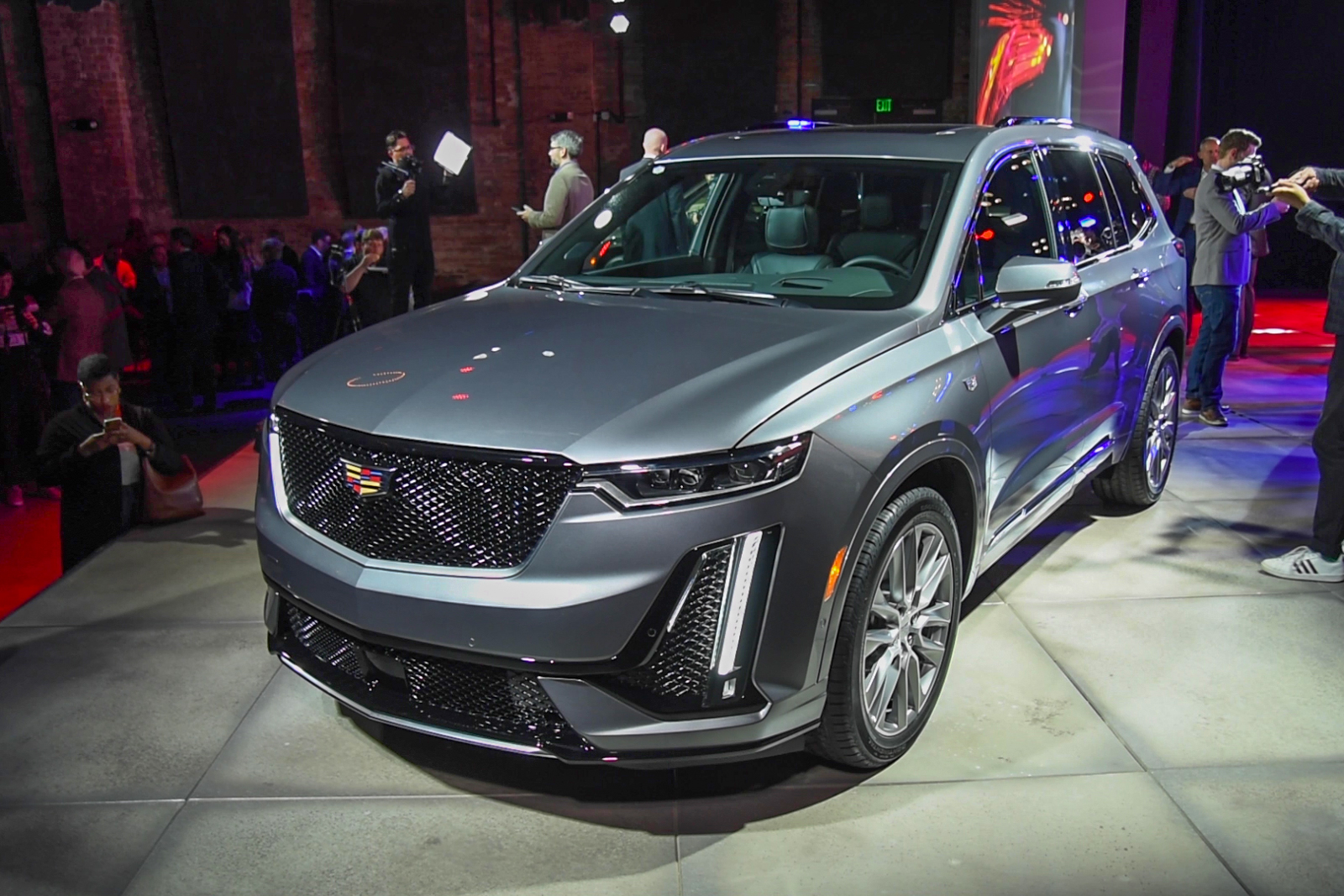 Cadillac XT6 Debuts with New Design Language » AutoGuide ...