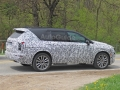2020-cadillac-xt6-spy-photos-09