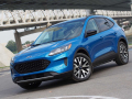 2020-Ford-Escape-01
