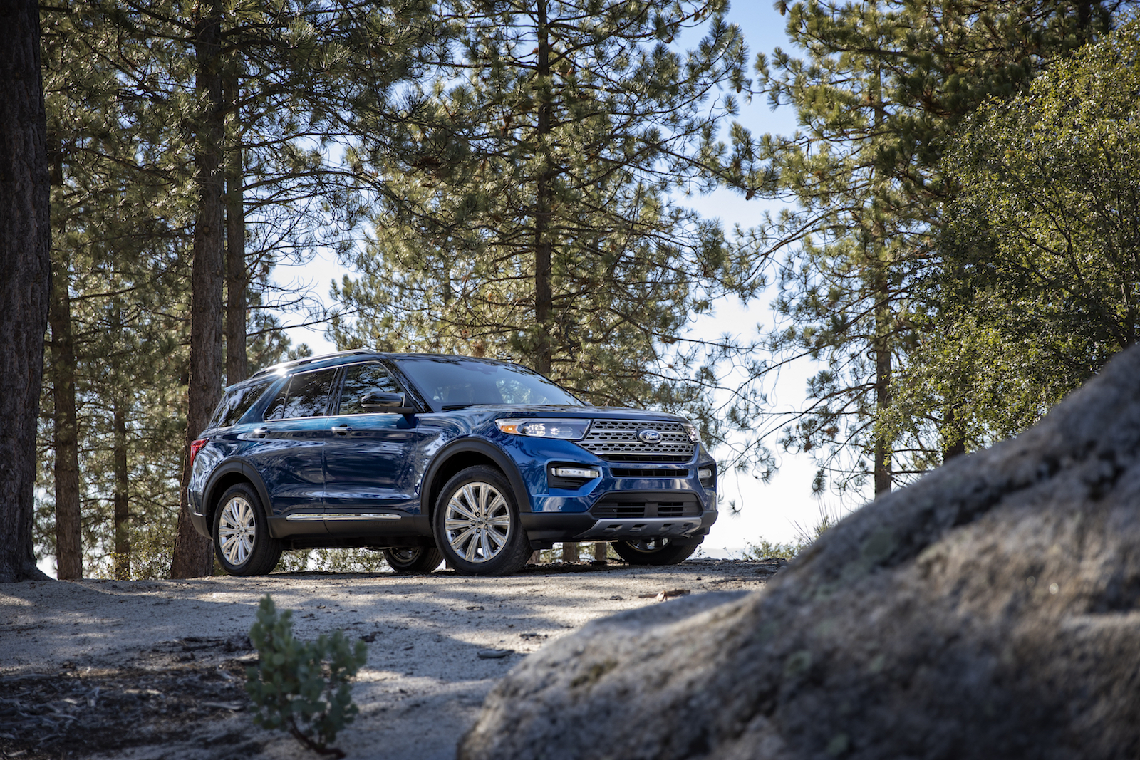 2020 Ford Explorer Arrives With New Platform Available 365 Hp V6