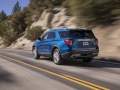 2020-Ford-Explorer-Limited-2