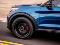 2020-Ford-Explorer-ST-05