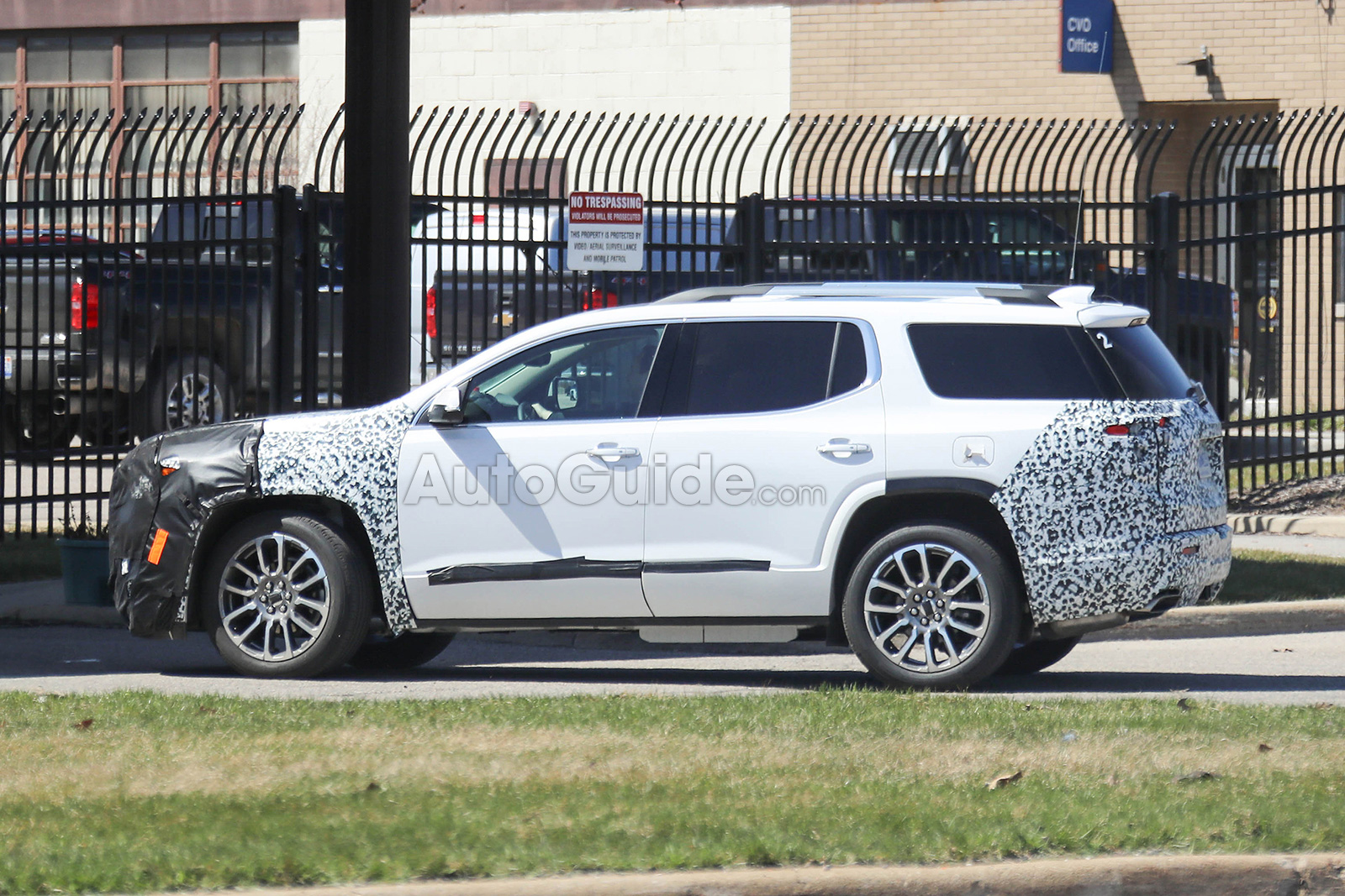 2020 GMC Acadia: Mid-update, News, Release >> 2020 Gmc Acadia Spied Testing Its Mid Cycle Refresh Autoguide Com News