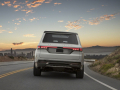 2020-Jeep-Grand-Wagoneer-Concept-07