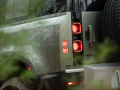 2020-Land-Rover-Defender-110-First-Drive-Review-HZ-07