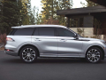 2020-Lincoln-Aviator-04