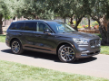 2020-Lincoln-Aviator-36