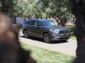 2020-Lincoln-Aviator-40