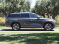 2020-Lincoln-Aviator-41