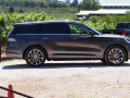 2020-Lincoln-Aviator-47