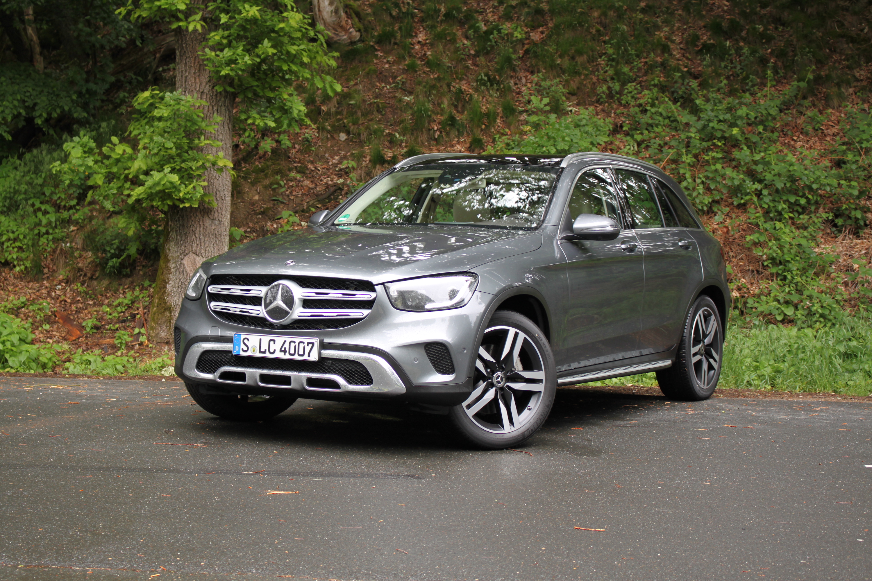2020 Mercedes Benz Glc Review Autoguide Com