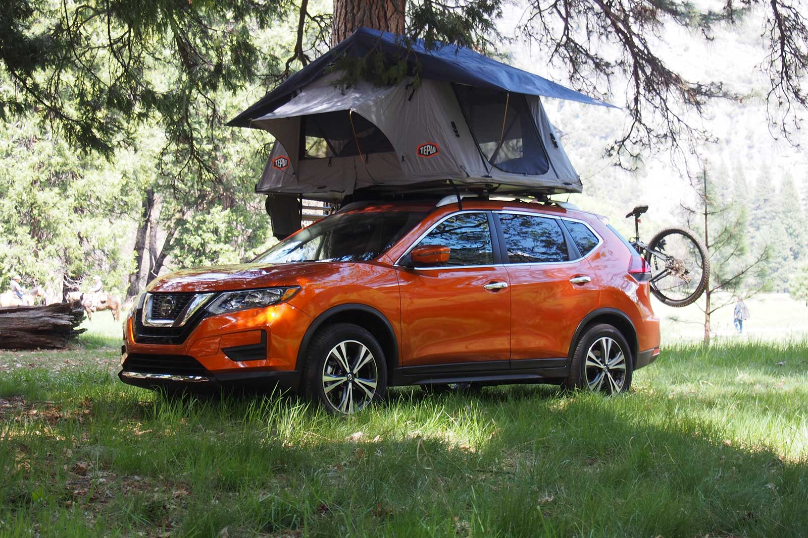 Fast Awd Cars >> 2019 Nissan Rogue Review - AutoGuide.com