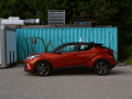 2020-Toyota-C-HR-Review-16