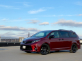2020-Toyota-Sienna-SE-Review-13