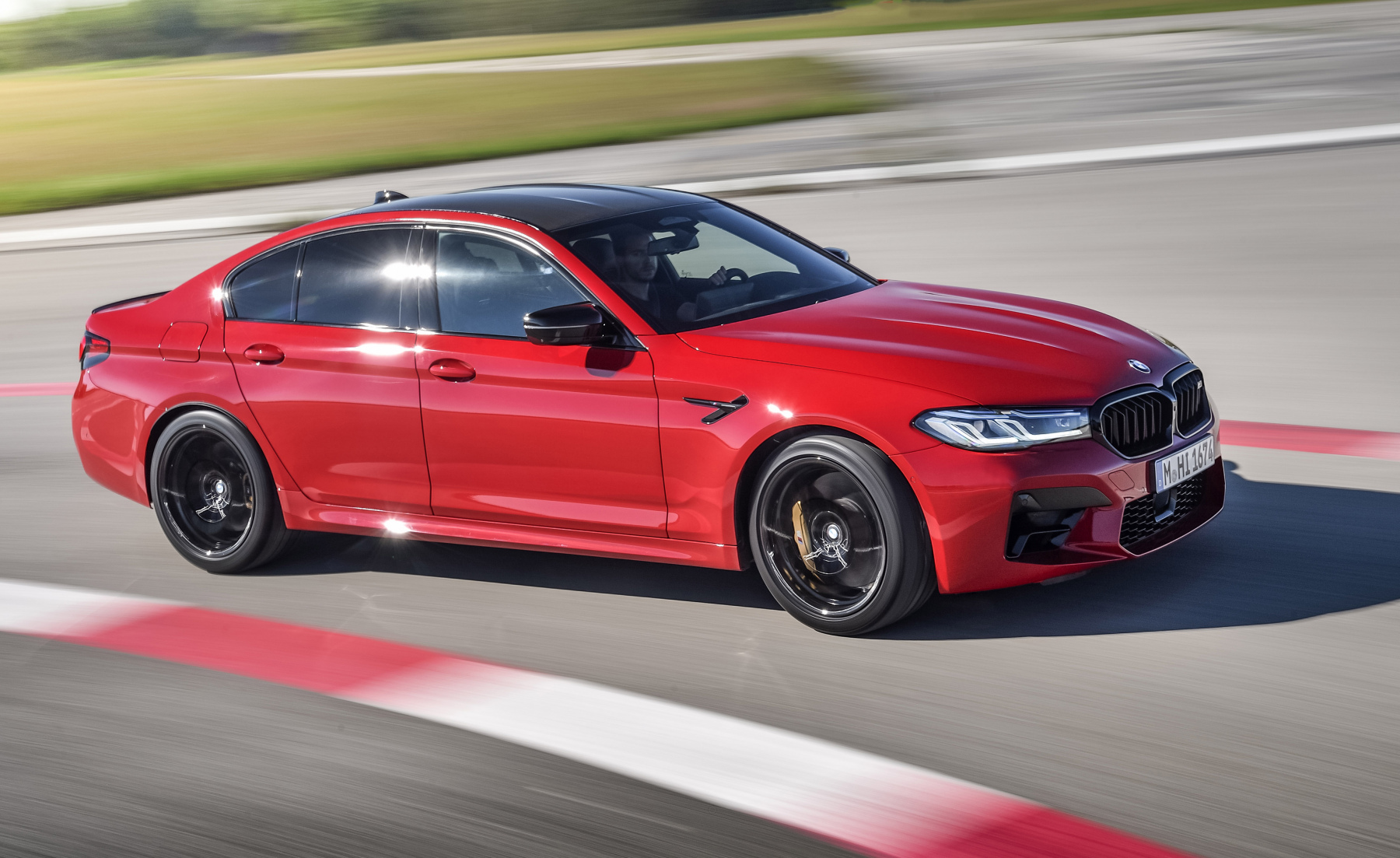 2021-BMW-M5-and-M5-competition10