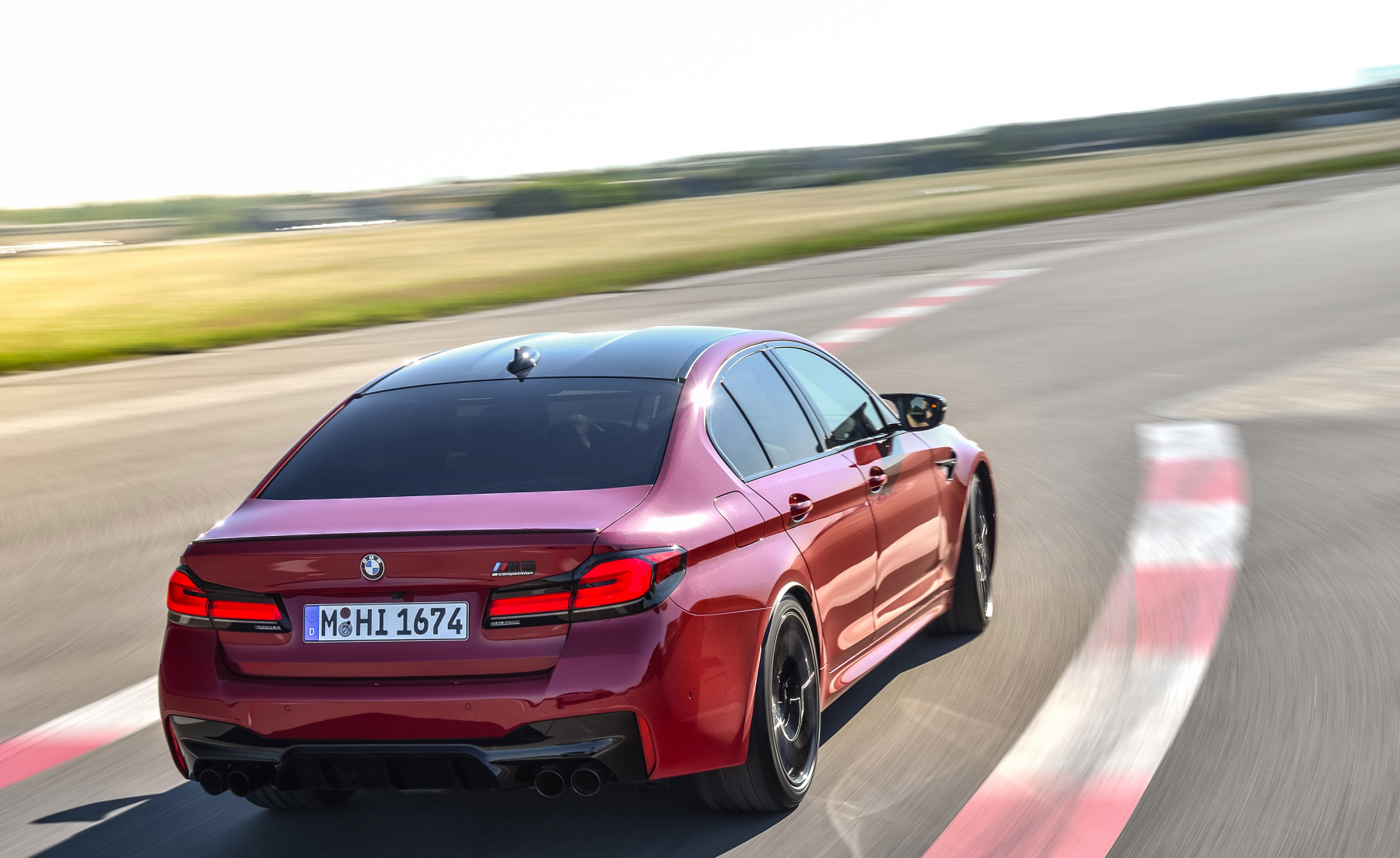 2021-BMW-M5-and-M5-competition8