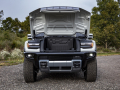 From bold and futuristic design cues, to cleverly executed details, the 2022 GMC HUMMER EV reimagines an instantly recognizable silhouette for a modern, all-electric future