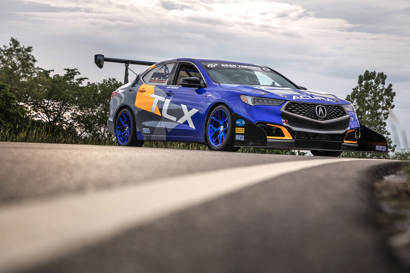 Tlx A Spec >> Acura is Racing at Pikes Peak..With a 2019 RDX » AutoGuide ...