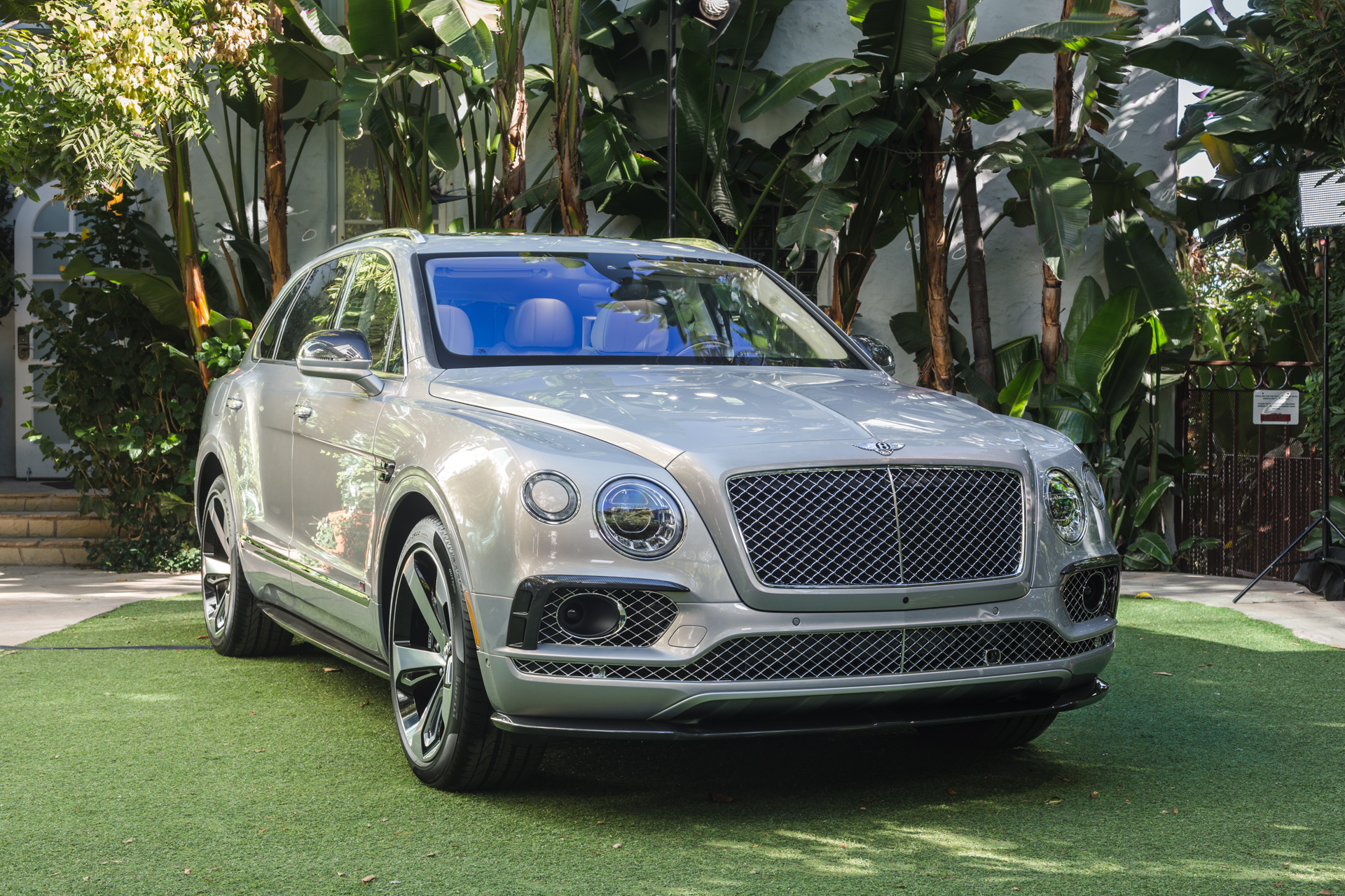 bentley bentayga first edition debuts at private customer event. Black Bedroom Furniture Sets. Home Design Ideas