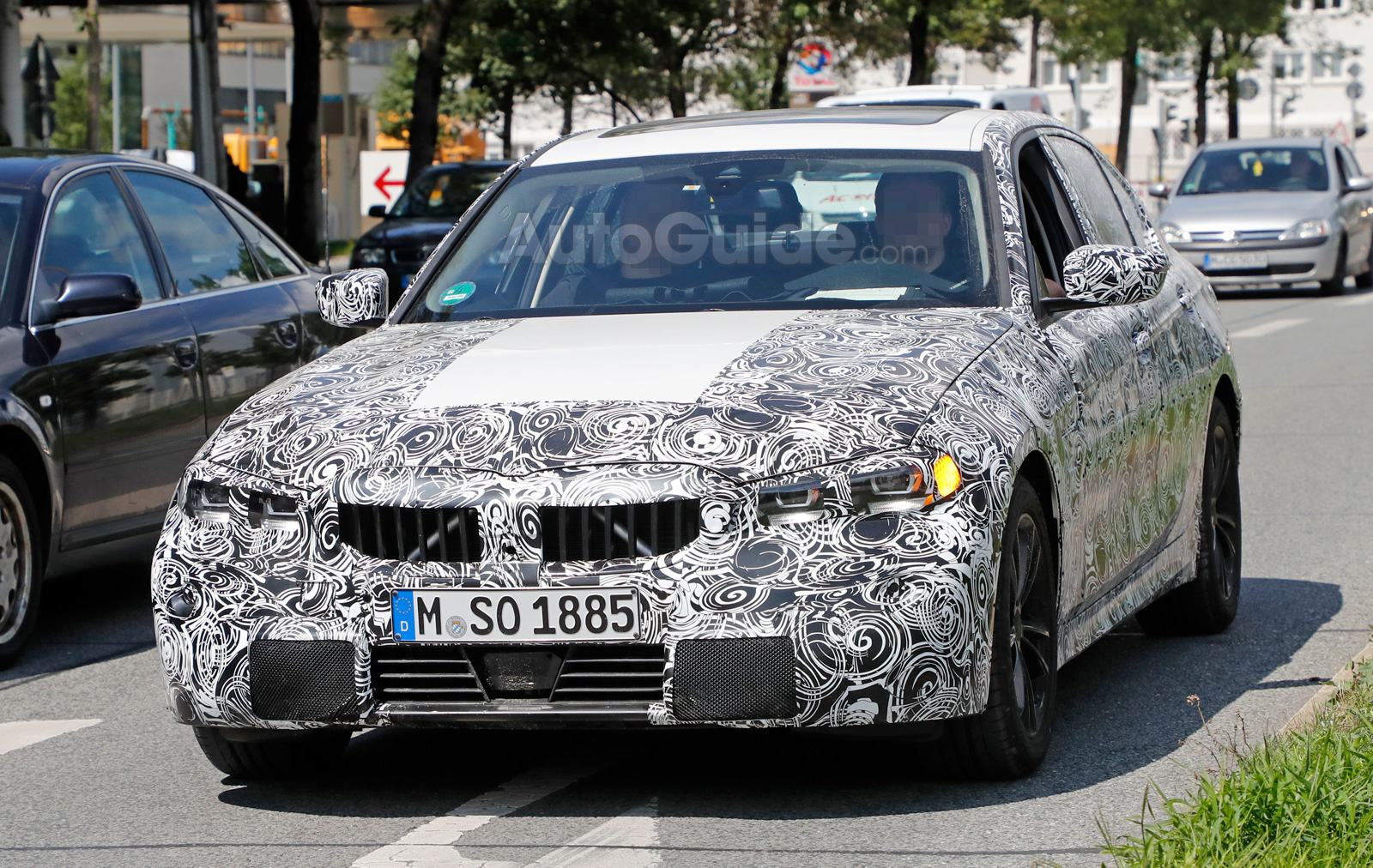2019 bmw 3 series spied testing with fancy new lights news. Black Bedroom Furniture Sets. Home Design Ideas