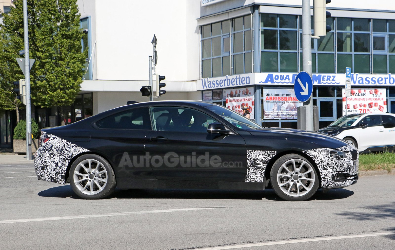 BMW Series Caught By Spy Photographers Testing Facelift - Bmw 4 by 4