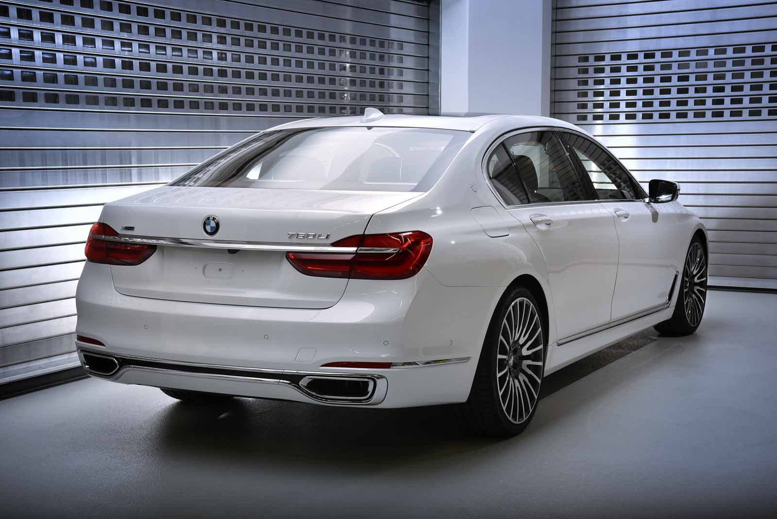 ... BMW 7 Solitaire One Of 6 ...