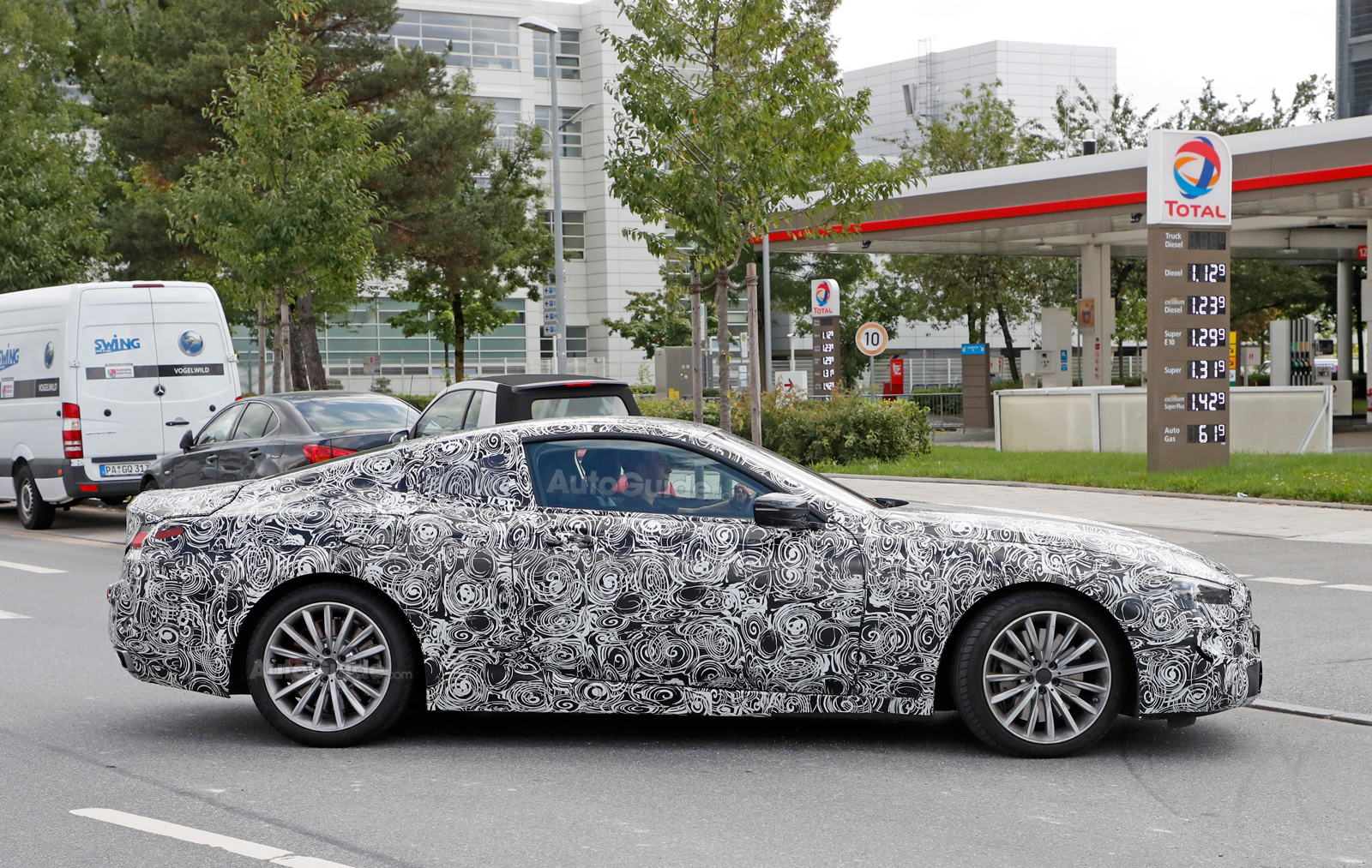 BMW Series Coupe Spied Again This Time With Production Lights - 8 series bmw