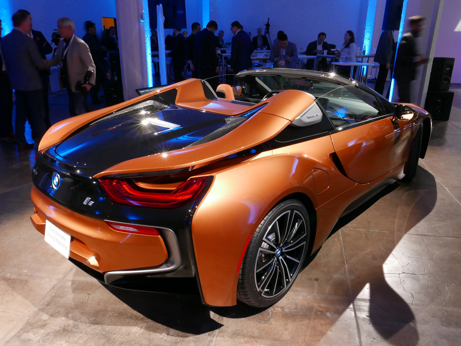 Bmw I8 Roadster And New I8 Coupe Debut Autoguide Com News