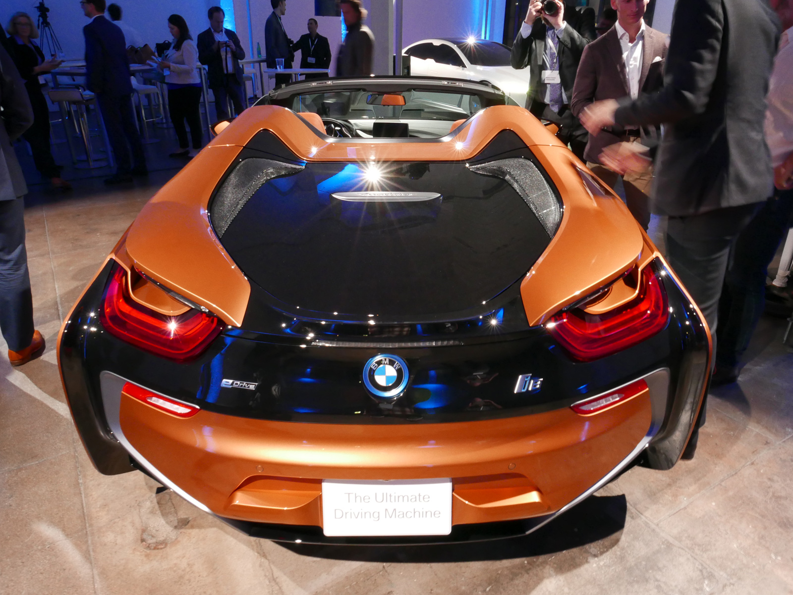 The Bmw I8 Roadster Will Cost 164 295 In The Us Autoguide Com News
