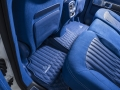 Mercedes-G63-AMG-Blue-Interior-10