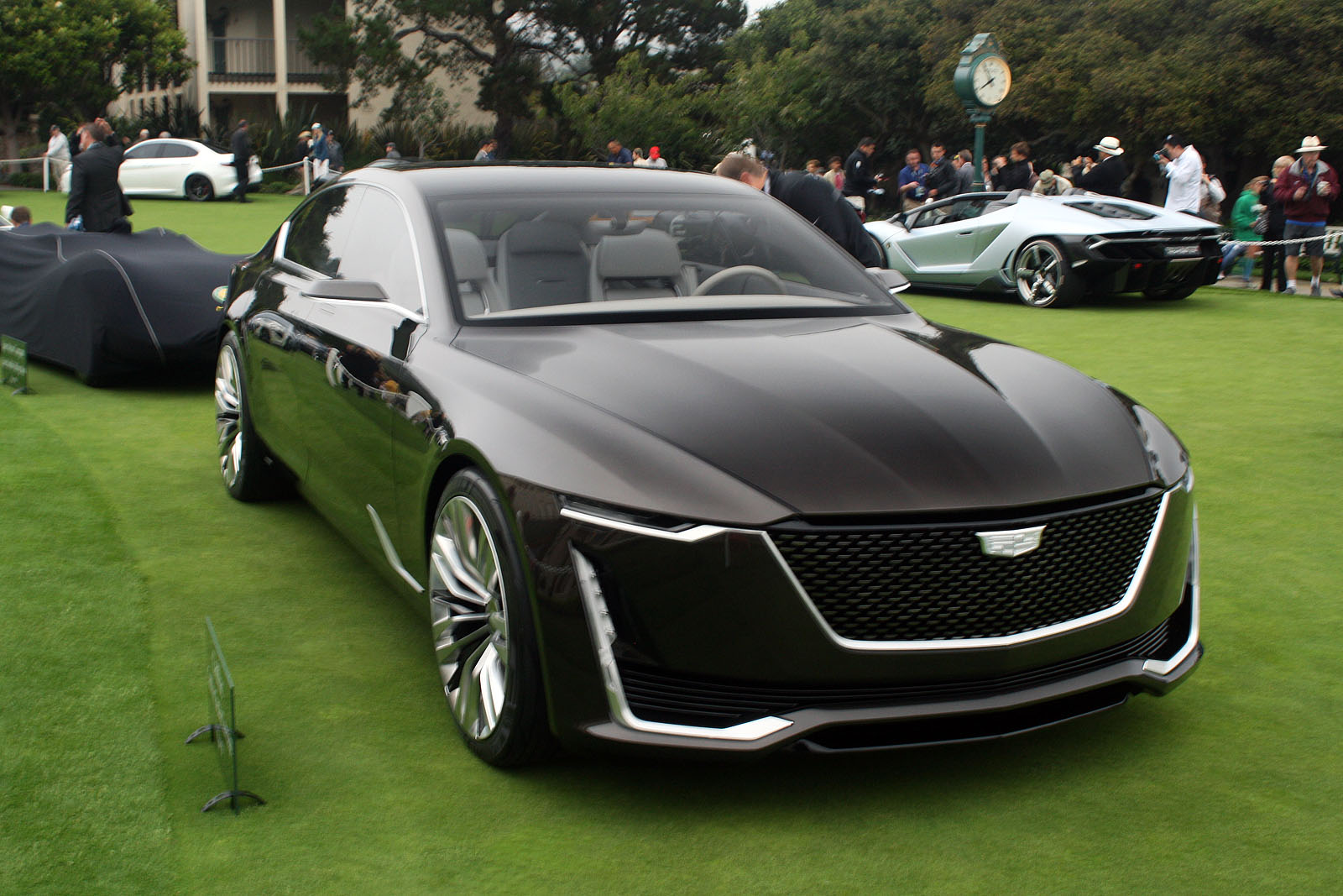 Cadillac Escala Concept Previews The Future Of American