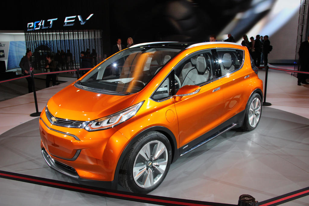 Production Chevrolet Bolt Debuting In January 2016