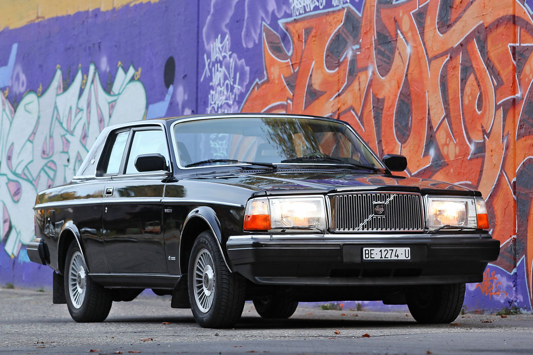 David Bowie's Volvo 262C Sells for Nearly $220K » AutoGuide.com News