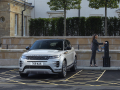 Land-Rover-Evoque-and-Discovery-sport-PHEV-10-1