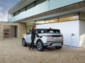 Land-Rover-Evoque-and-Discovery-sport-PHEV-15