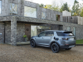 Land-Rover-Evoque-and-Discovery-sport-PHEV-8