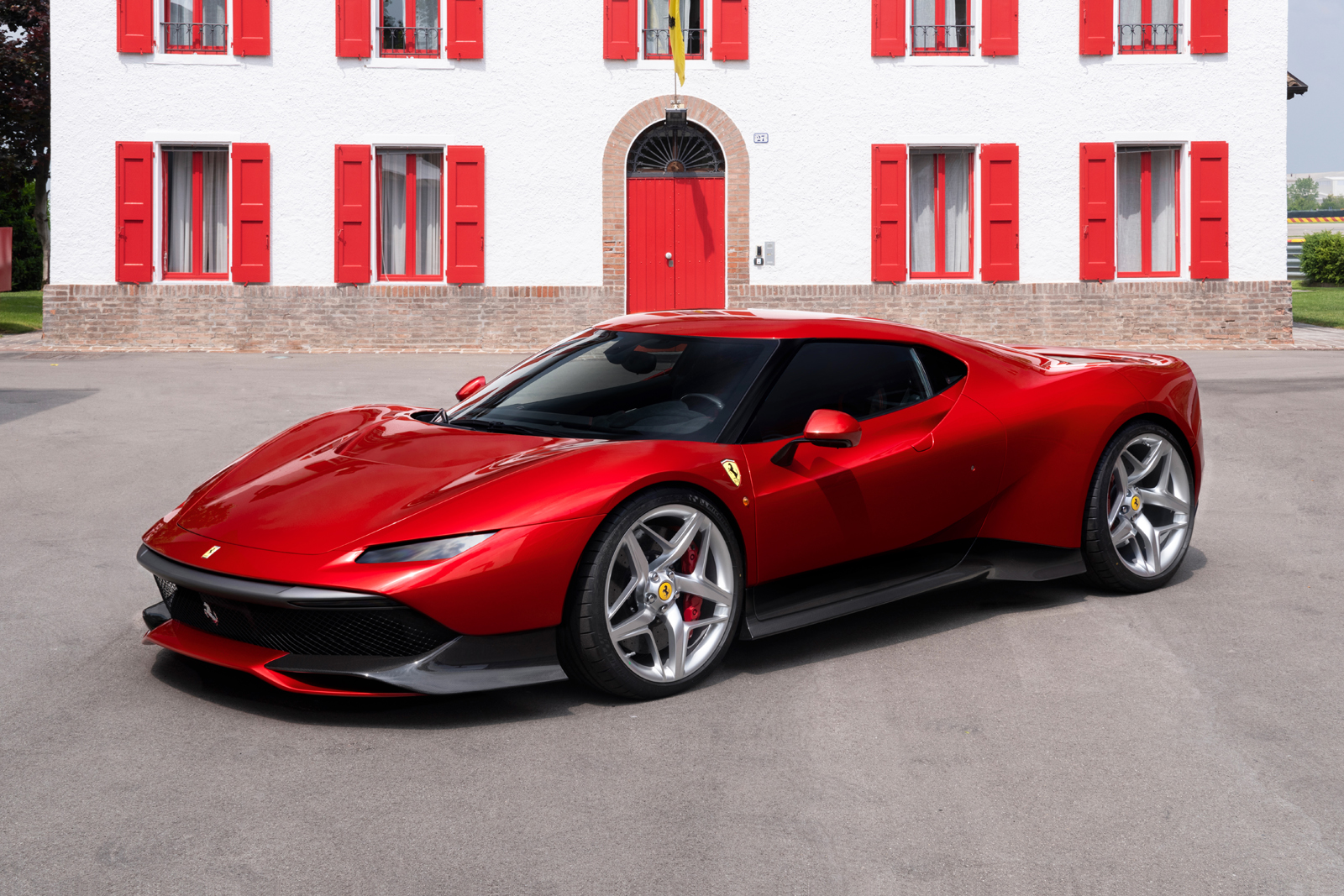 This New One Off Ferrari Is Pretty Much Perfect